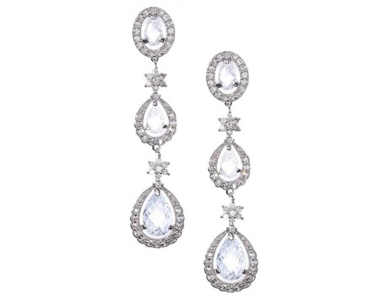 b0712-classic-chandelier-earrings_1.jpg